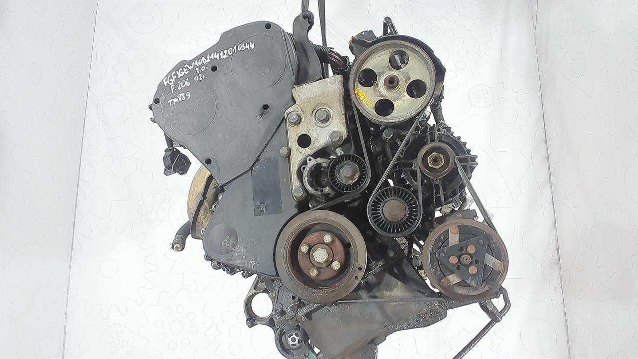 Двигатель (ДВС) Peugeot 206 2 л Бензин