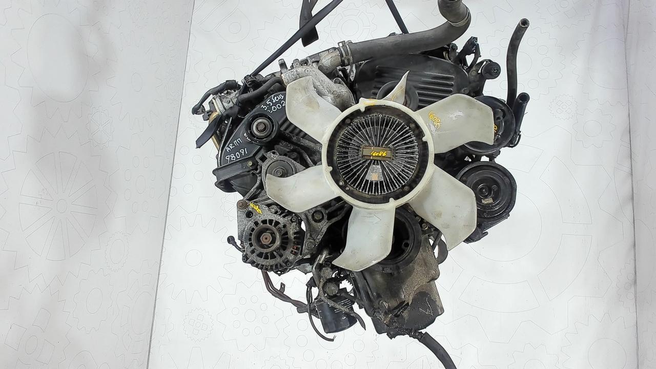Двигатель (ДВС) Mitsubishi Pajero  3.5 л Бензин