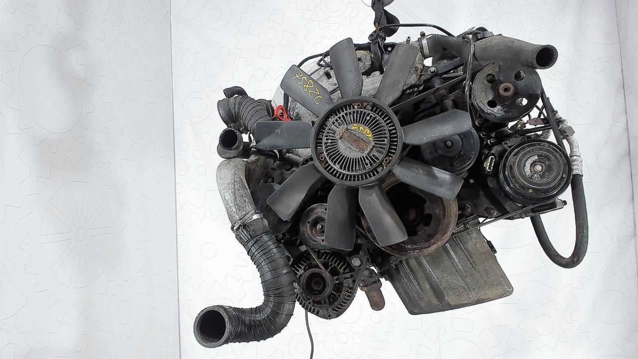 Двигатель (ДВС) Mercedes C W202  2.3 л Бензин