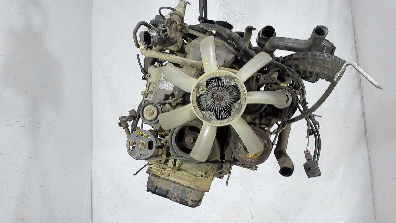 Двигатель (ДВС) Nissan Pathfinder  2.5 л Дизель