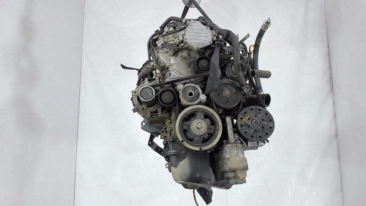 Двигатель (ДВС) Toyota Verso  2 л Дизель