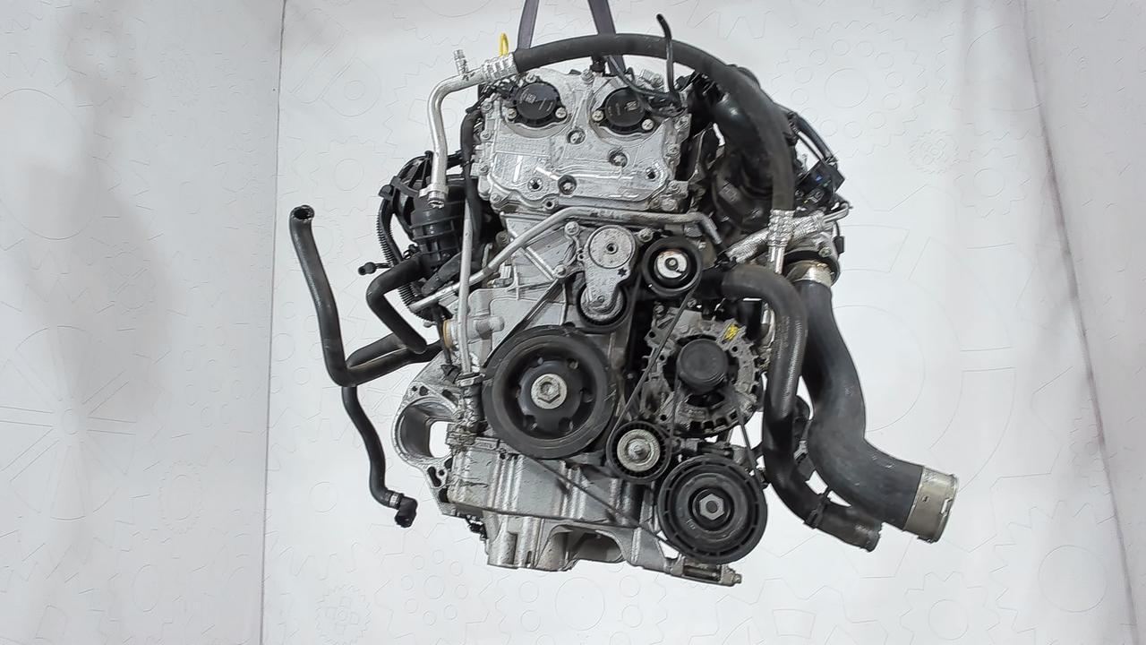 Двигатель (ДВС) Mercedes A W176  2 л Бензин