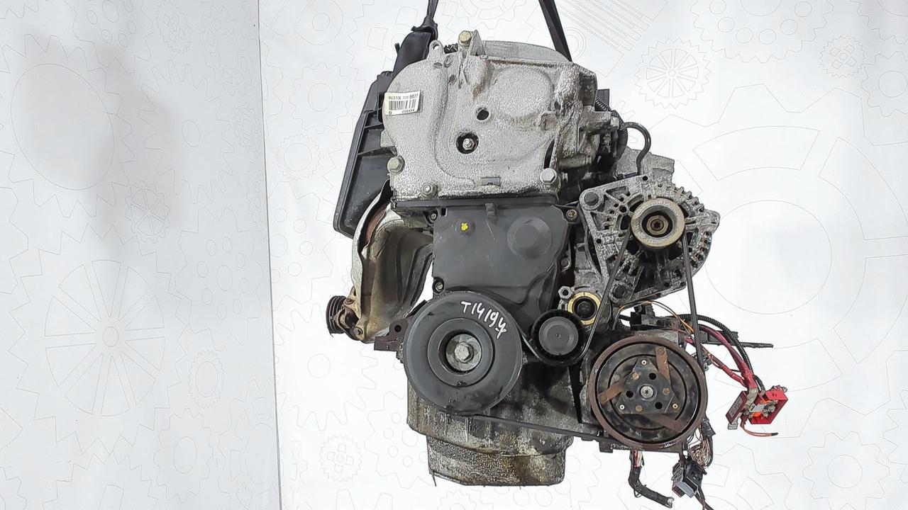 Двигатель (ДВС) Renault Megane 2  1.4 л Бензин