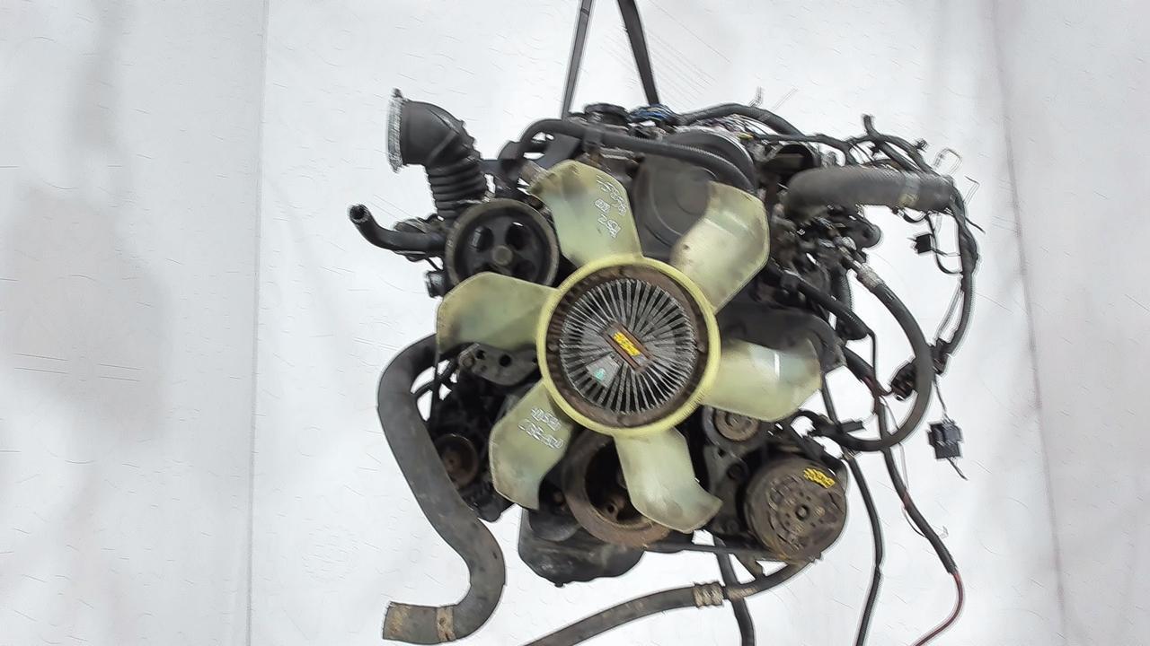 Двигатель (ДВС) Mitsubishi L200  2.5 л Дизель