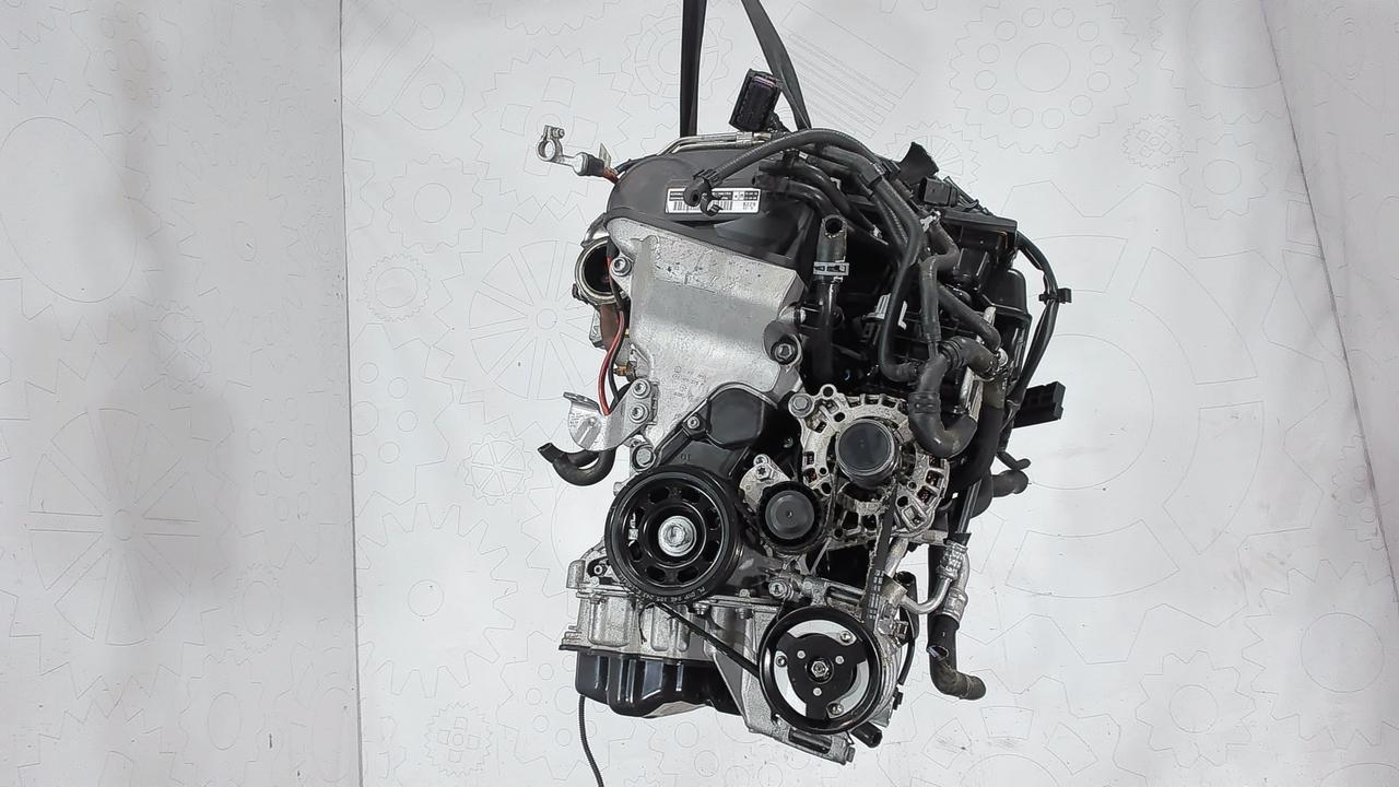 Двигатель (ДВС) Skoda Rapid 1.4 л Бензин
