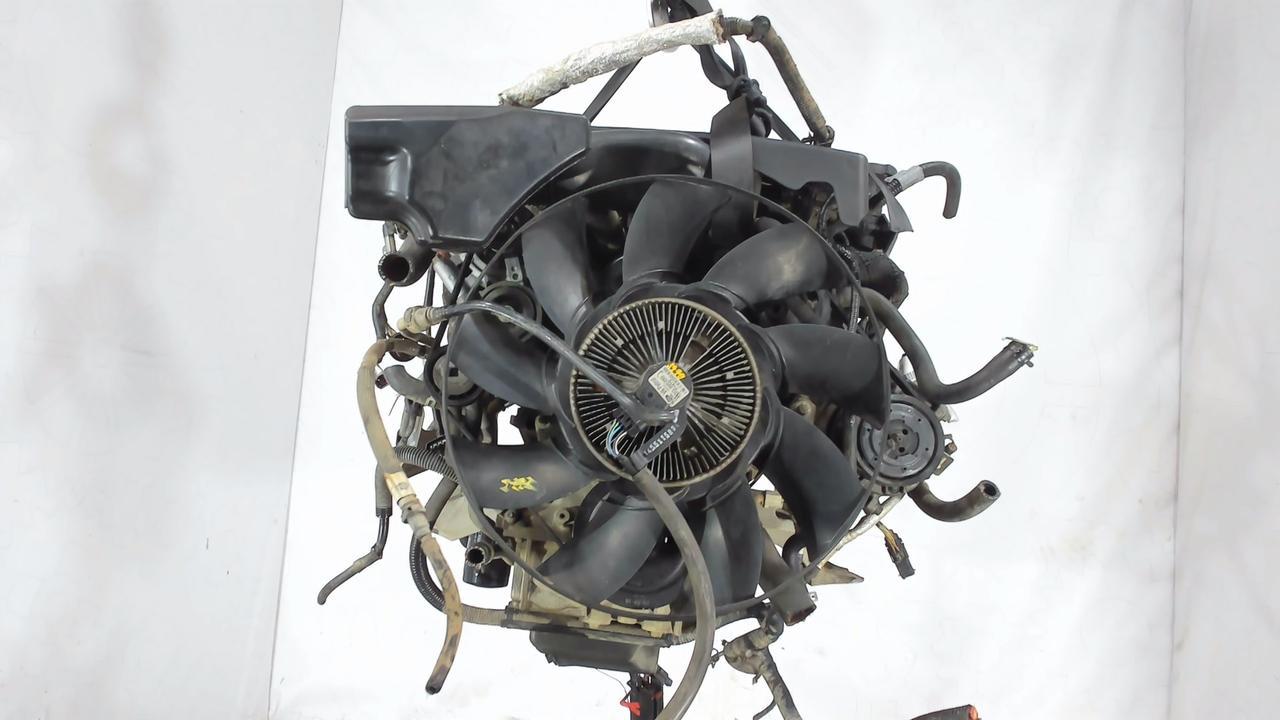 Двигатель (ДВС) Land Rover Discovery 3  4.0 л Бензин
