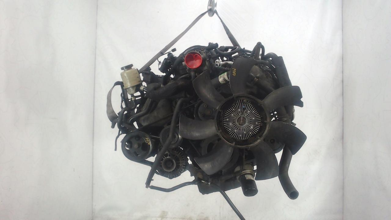 Двигатель (ДВС) Nissan Armada  5.6 л Бензин