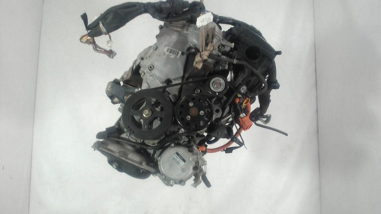 Двигатель (ДВС) Toyota Prius  1.5 л Гибридный