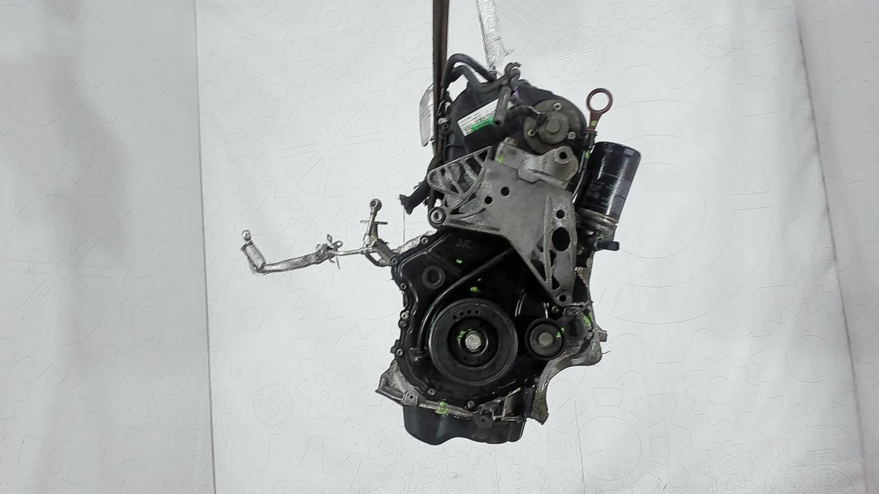 Двигатель (ДВС) Volkswagen Tiguan  2 л Бензин