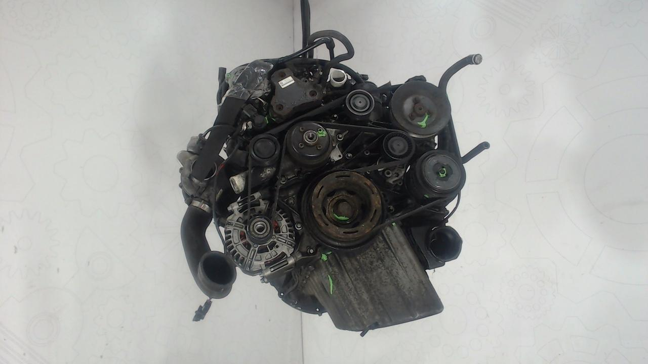 Двигатель (ДВС) Mercedes Vito W639  2.1 л Дизель