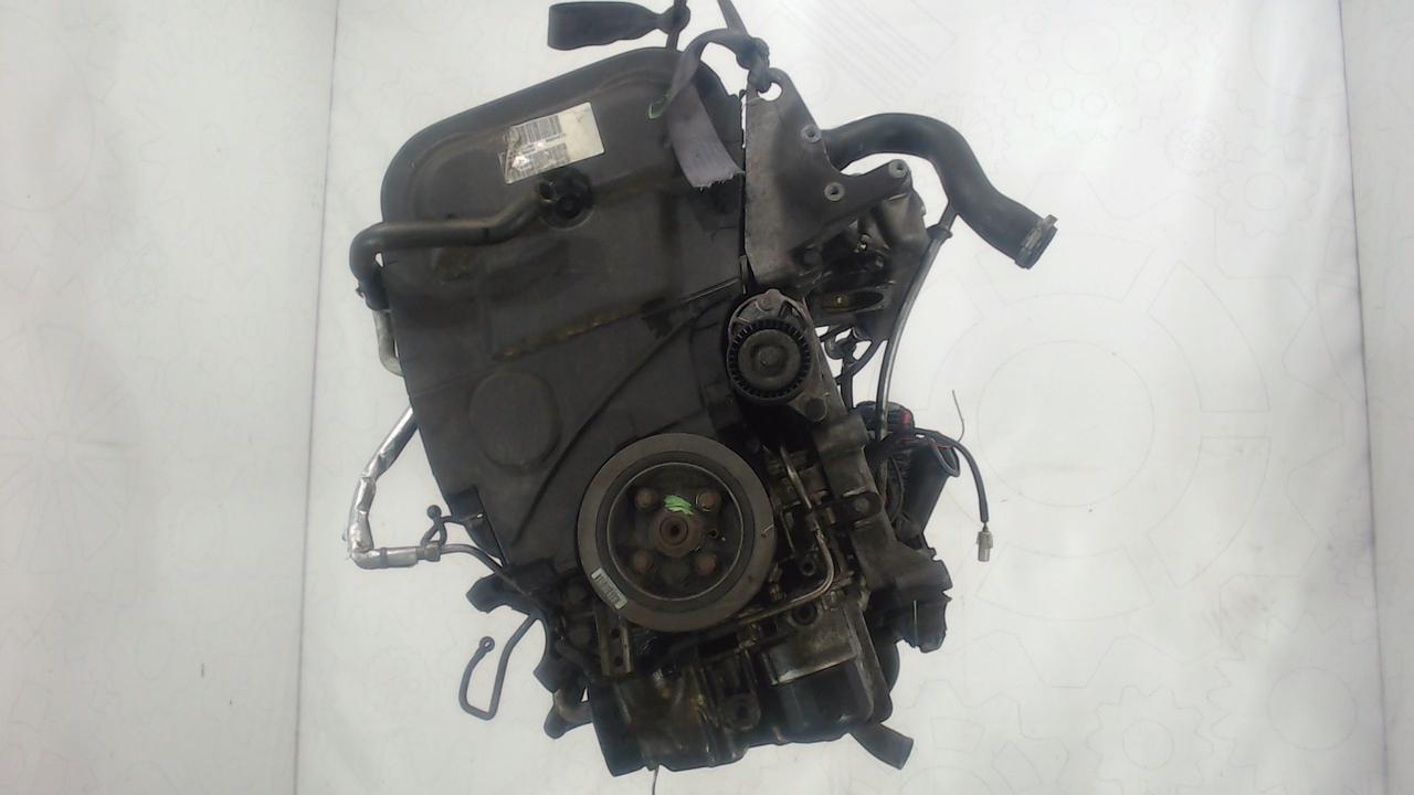 Двигатель (ДВС) Volvo S60  2.4 л Бензин