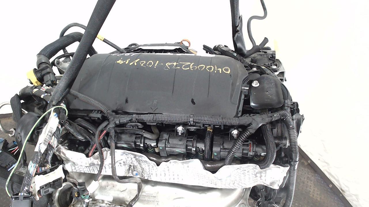 Двигатель (ДВС) Peugeot 3008 2 л Дизель