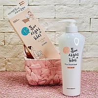 Очищающий гель для интимной гигиены Pure Secret Wash ( Welcos)  500 ml.