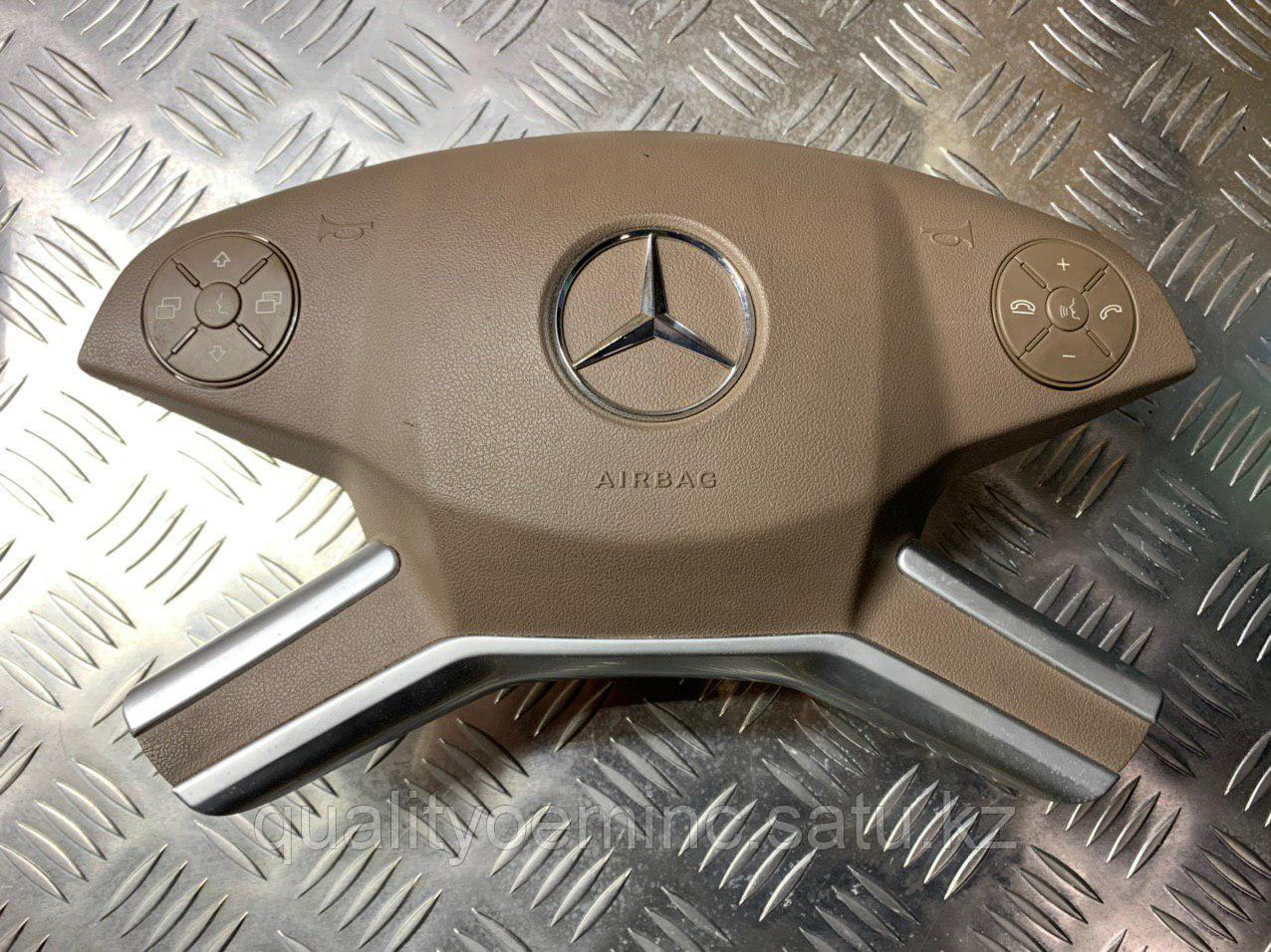 A1648601802 - Подушка безопасности водителя Mercedes GL-CLASS (X164)