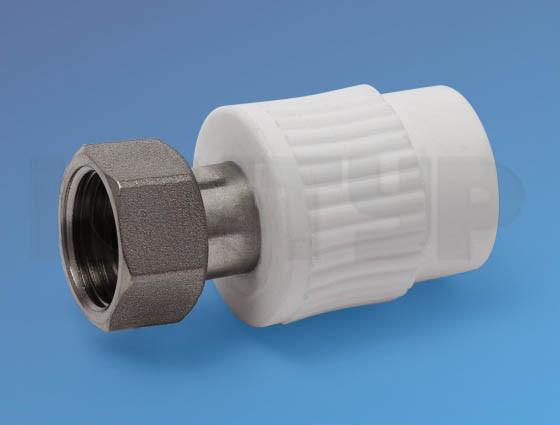 PPR Муфта с накидной гайкой и латунной втулкой D25-3/4 КОНТУР