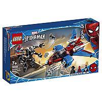 Конструктор LEGO Super Heroes Реактивный самолет Человека-паука против Робота Венома 76150