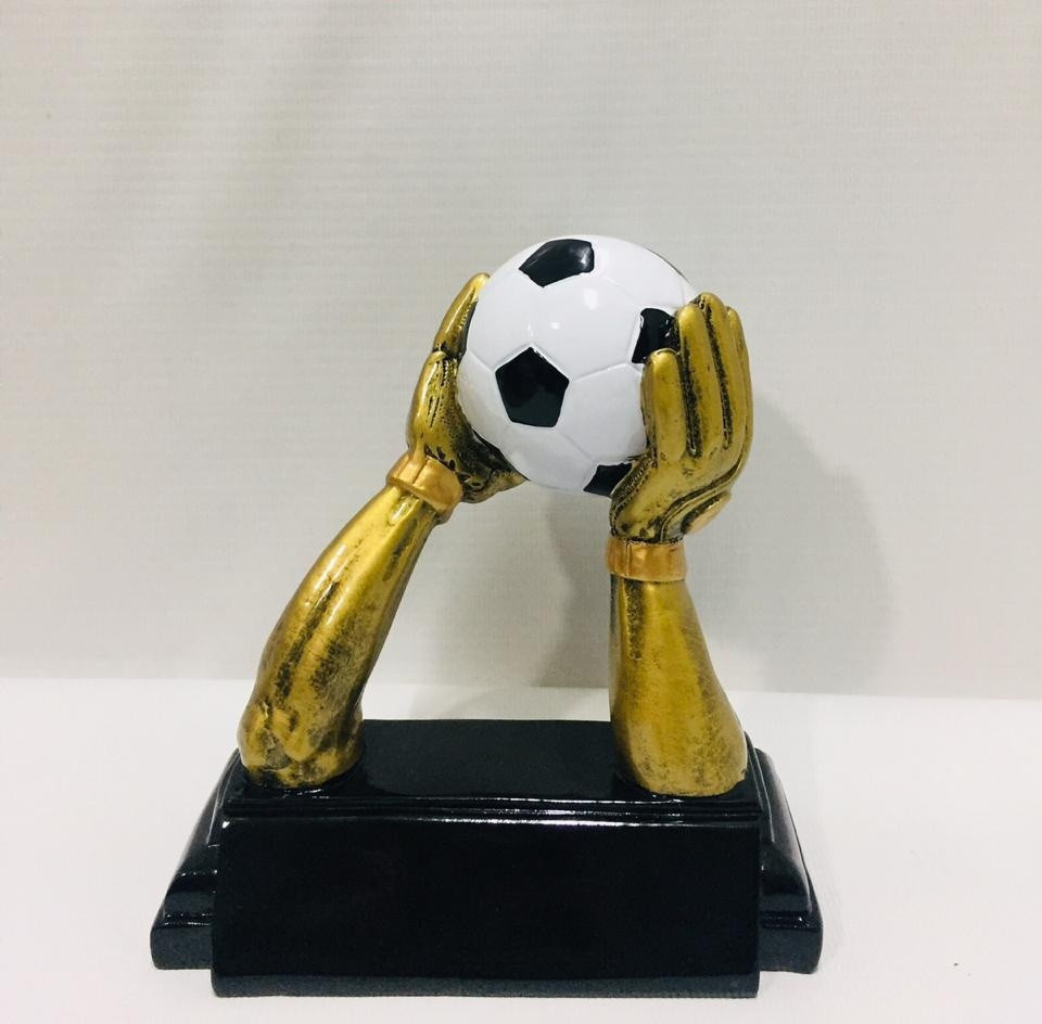 Футбольная статуэта