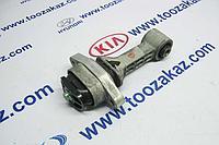 Подушка (опора) двигателя центральная (крепление к передней балке) Hyundai Accent (Solaris) 4 (2010