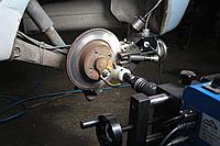 Проточка дисков и замена колодок