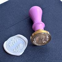 Штампы для сургуча 30 мм. с цветной ручкой.