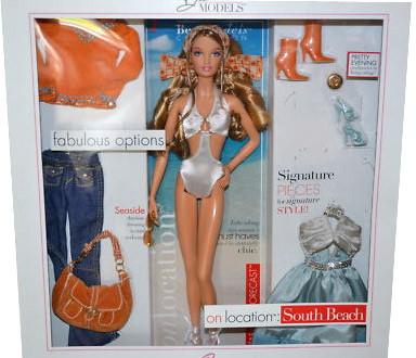 """Barbie Коллекционная кукла Барби """"На месте: Южный пляж"""""""