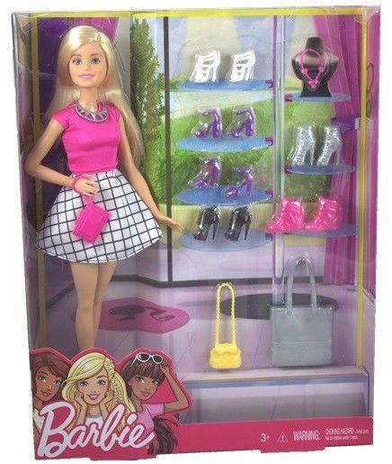 Barbie Кукла Барби с набором дополнительной обуви