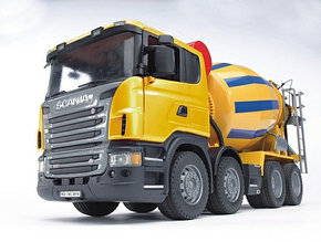 Bruder Игрушечная Бетономешалка Scania (Брудер)