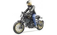 Bruder Игрушечный Мотоцикл Scrambler Ducati Cafe Racer с мотоциклистом (Брудер)