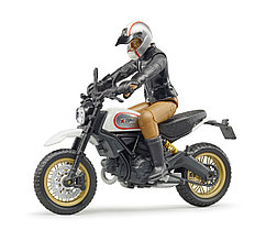 Bruder Игрушечный Мотоцикл Scrambler Ducati Desert Sled с мотоциклистом (Брудер)