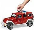 Bruder Игрушечный Пожарный Внедорожник Jeep Wrangler Rubicon с фигуркой (Брудер), фото 5