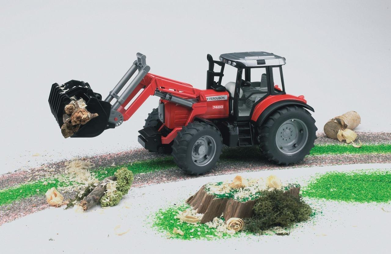 Bruder Игрушечный Трактор Massey Ferguson с прицепом, красный (Брудер)