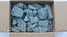Габбро-диабаз, камень обвалованный 20кг, коробка
