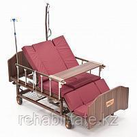 """Кровать функциональная медицинская электрическая с полным переворотом, с туалетом, с """"ушками"""" MET EVA"""