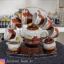Чайный сервиз на подставке. Материал: Керамика/Металл. Цвет: Разные цвета. Набор: 15 предметов.