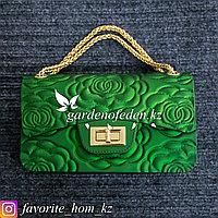 Женская сумка-клатч. Материал: Эко-кожа. Цвет: Зеленый.