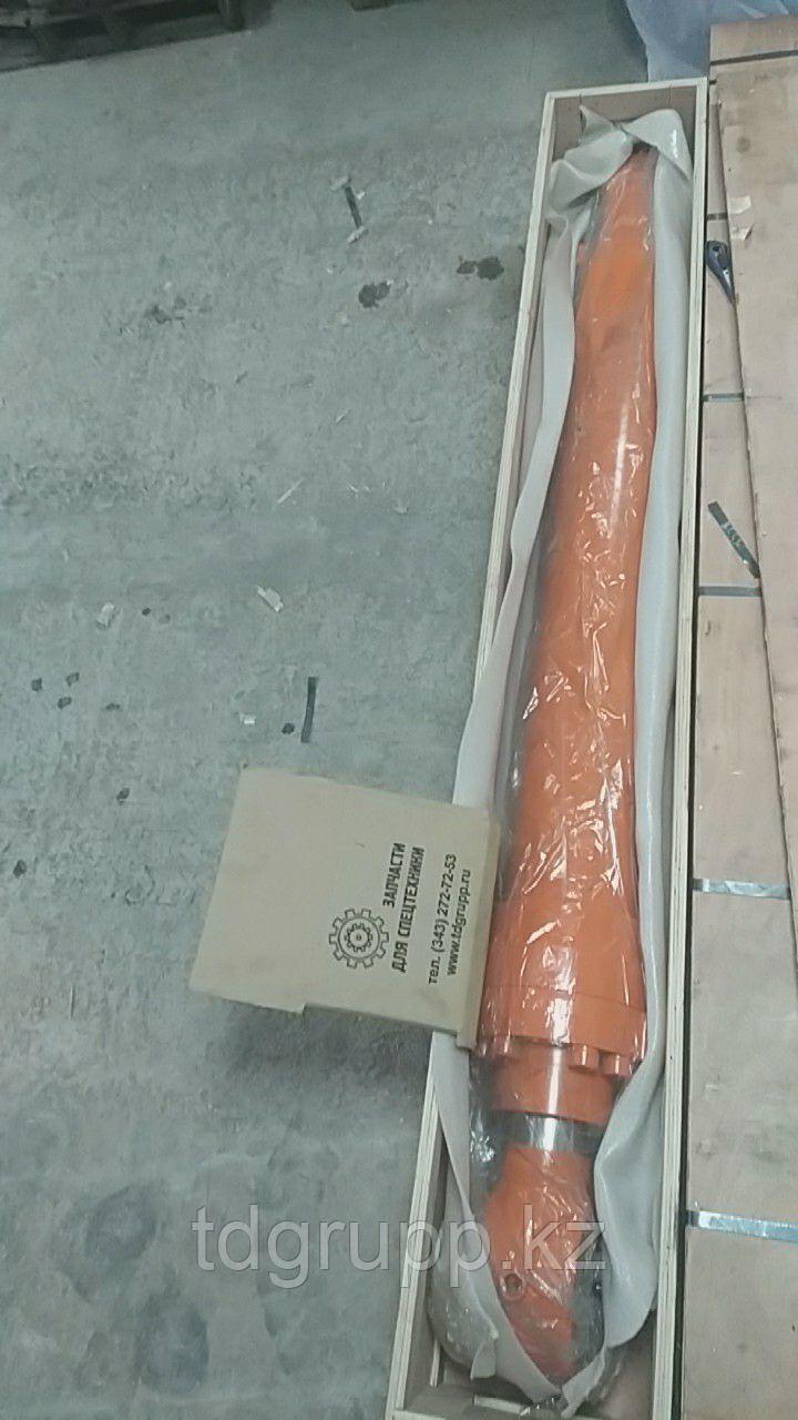 4637754 Гидроцилиндр ковша Hitachi ZX450-3 (Китай без трубок)