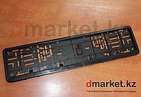 Рамка для номера Евро, пластик, черная, на защелках, площадка для логотипа, фото 1