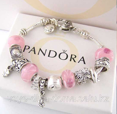 Браслет Pandora и серьги Dior в подарок
