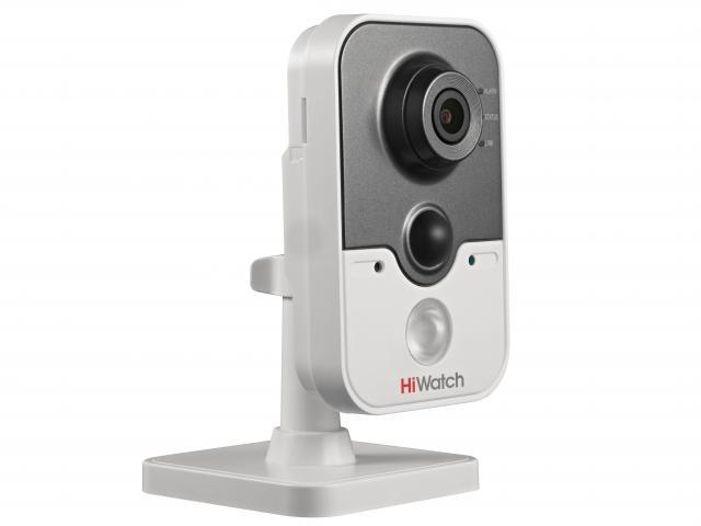 Кубическая HD-TVI видеокамера HiWatch DS-T204