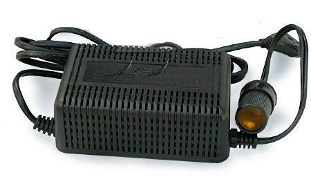 Конвертер EZETIL с 12V на 230V (150W) R 30459