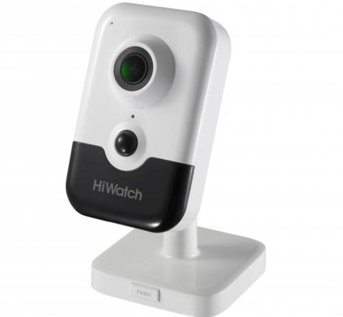 Кубическая IP видеокамера HiWatch DS-I214B
