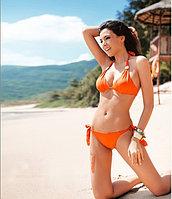 Раздельный оранжевый купальник с чашками