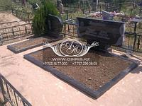 Установка цветников на кладбище