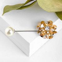 Булавка 'Цветочная композиция', 6,5см, цвет золотисто-белый в серебре