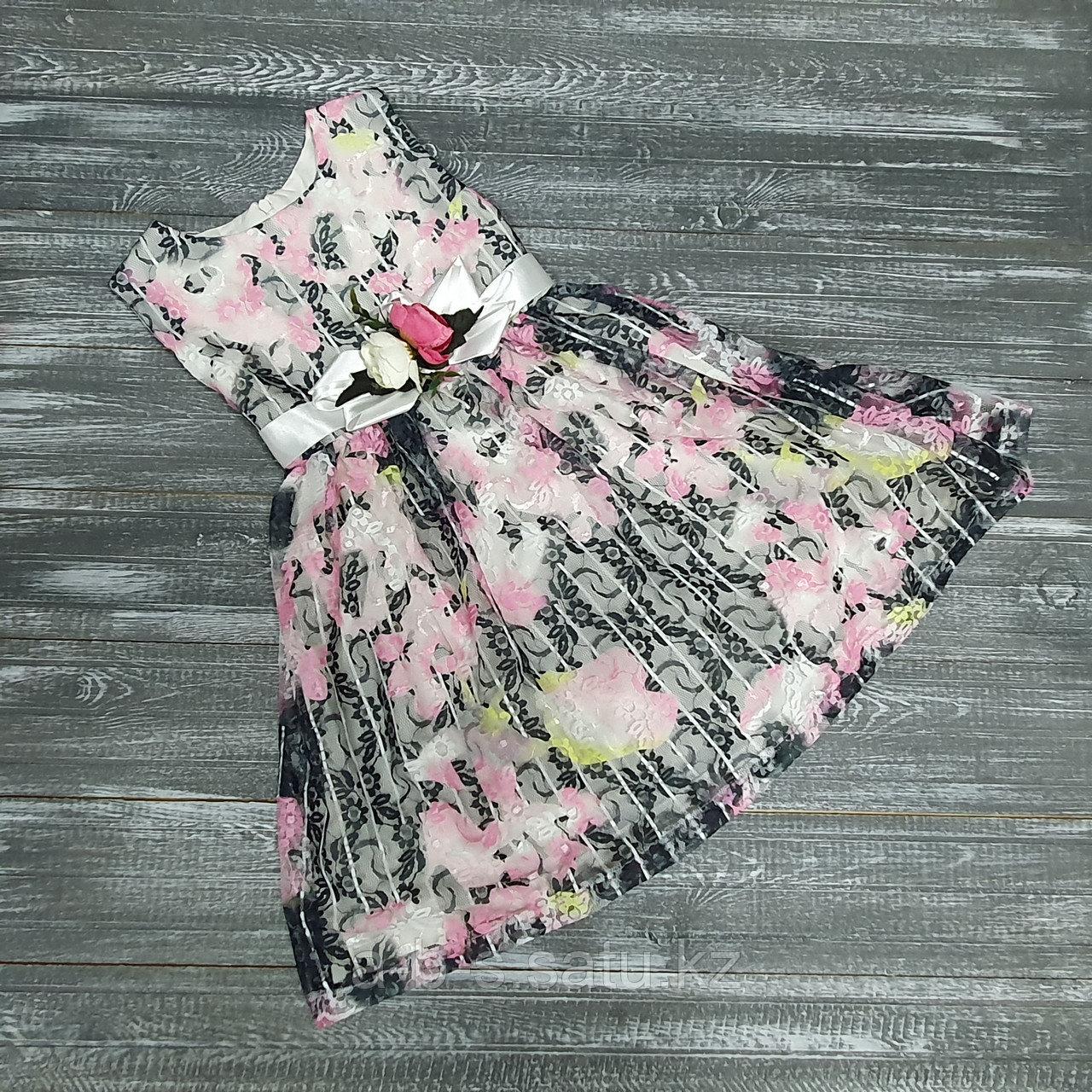 Платье  черное с розовыми цветами