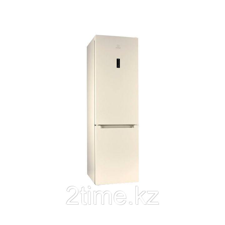 Двухкамерный холодильник Indesit DF 5200 E