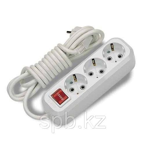 Удлинитель электрический 3 гн., 5 м. с выключателем