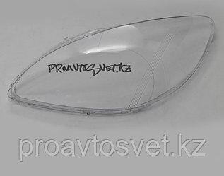 Стёкла фар на MERCEDES W639 V-CLASS VITO / VIANO (2008 - 2011 Г.В.)