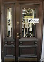 Входные двери с кованными элементами