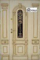 Дверь бронированная с окном и ковкой